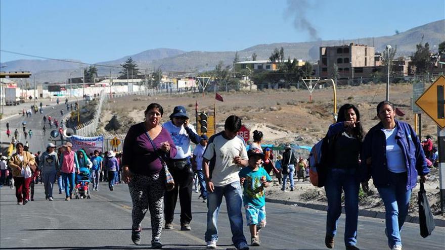Marchas en Arequipa, Cuzco y Puno en el segundo día de paro contra minería