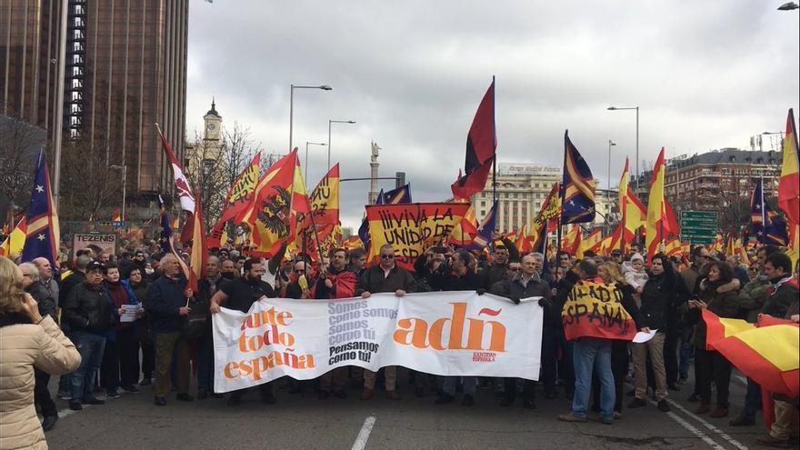 La Falange y Democracia Nacional, en la concentración de Colón del pasado 10 de febrero.