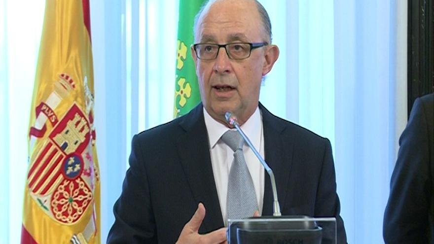 Montoro dice que ningún país europeo ha sufrido durante la recesión una crisis fiscal como España