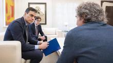 """Salvador Illa entrega a Sánchez un informe sobre la """"estrategia de transición"""" antes de la reunión con las CCAA"""