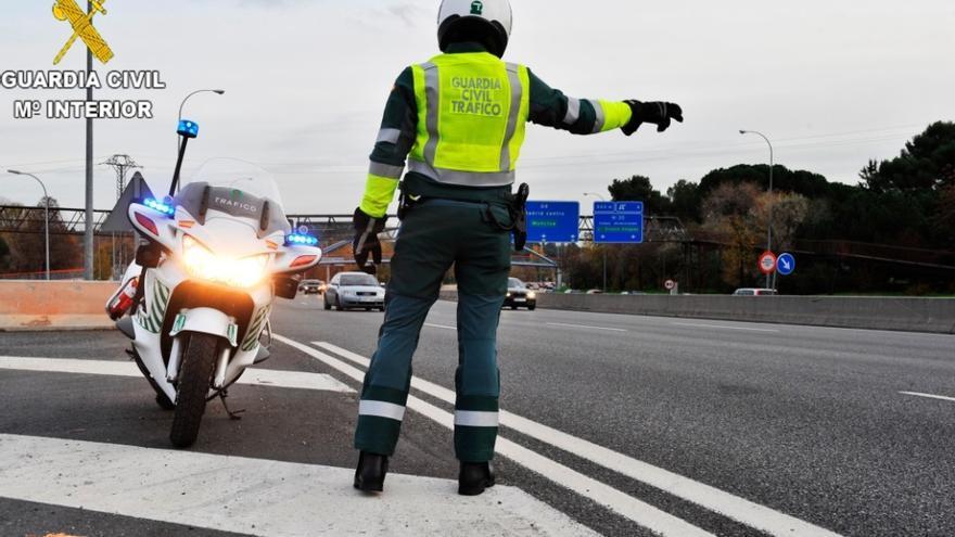La Guardia Civil incrementará en un 15% los controles en las carreteras de Castilla-La Mancha en el Puente de la Constitución