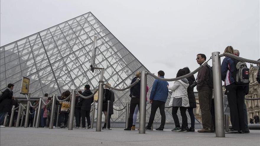 """El Louvre encuentra su """"otro yo"""" en Abu Dabi"""