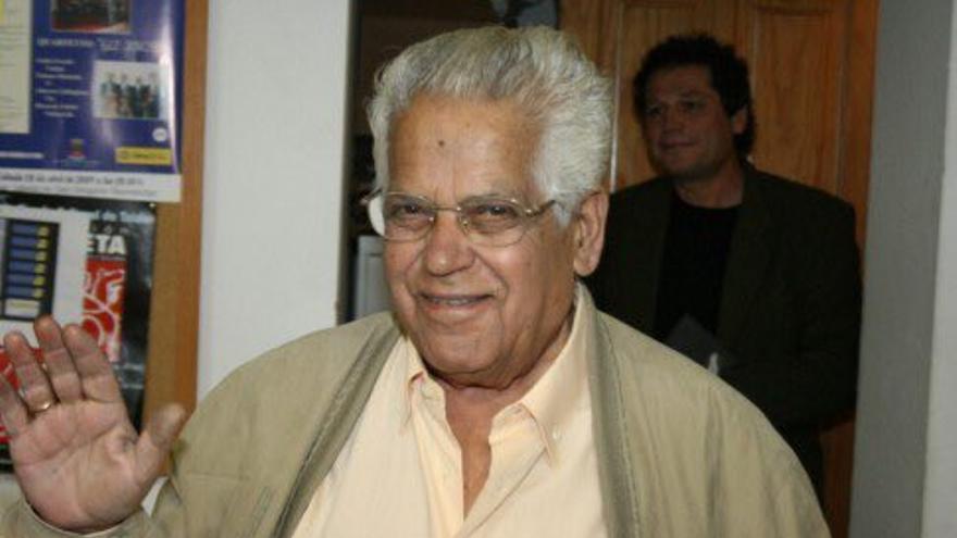 El poeta y escritor canario Francisco Tarajano.