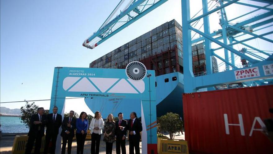 Ana Pastor insiste en que el segundo puente de Cádiz estará terminado en 2015