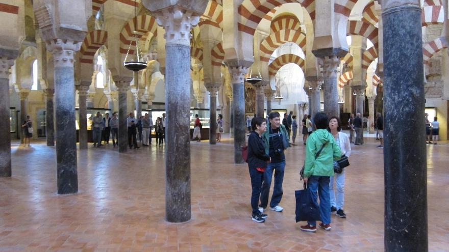 """Maeztu apuesta por crear un órgano de gestión de usos de la Mezquita sin """"tocar"""" la titularidad"""