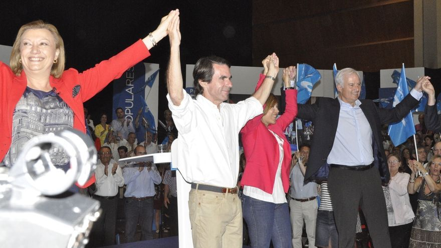 """Aznar reivindica la trayectoria del PP y pide """"quitar"""" de la vida pública a """"populistas"""" y """"aprendices de brujo"""""""
