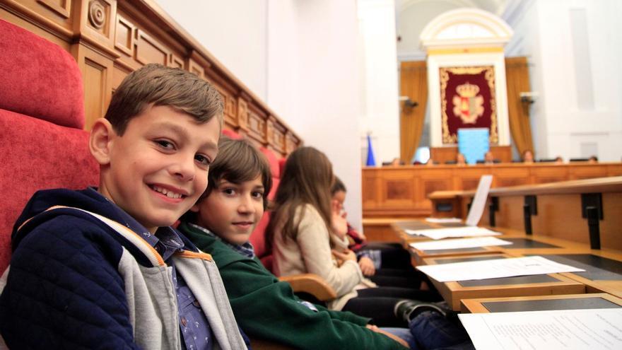 Pleno infantil en las Cortes de Castilla-La Mancha