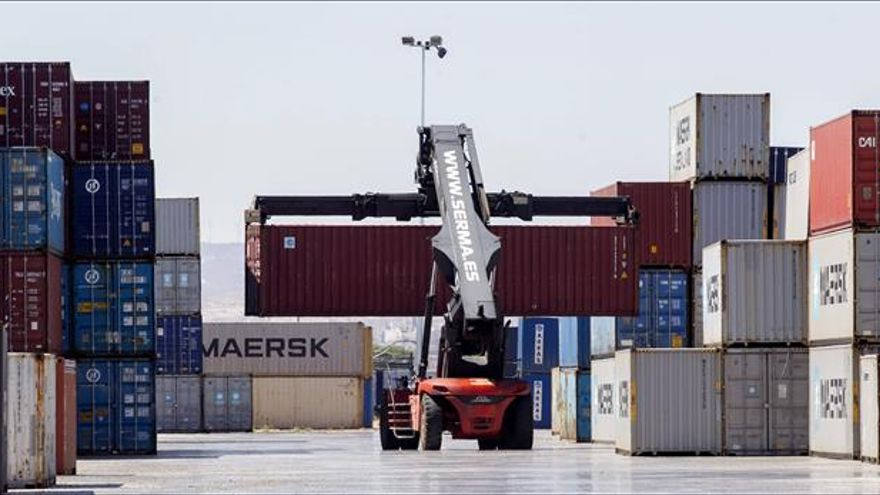 Las ventas industriales suben 1,5 % en septiembre mientras los pedidos caen 0,2 %