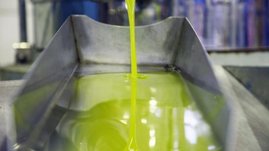 La Fiscalía investiga a una empresa por supuesta venta de aceite adulterado a Italia