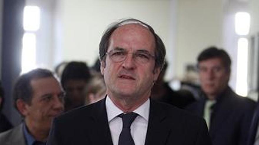 Ministro de Educación, Ángel Gabilondo