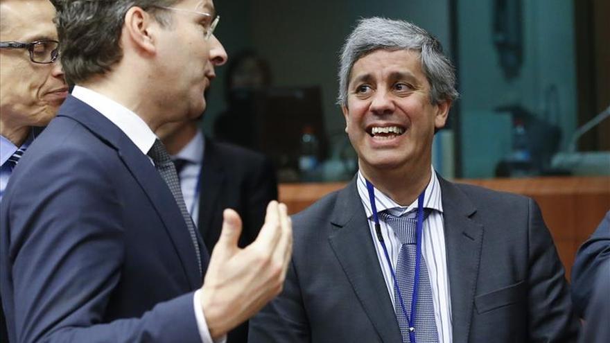 El nuevo Gobierno portugués congela los gastos para bajar el déficit de 2015 al 3 %