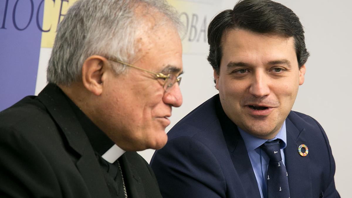 El obispo y el alcalde en una imagen de archivo