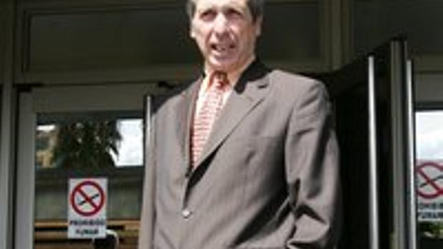 Guillermo Reyes.