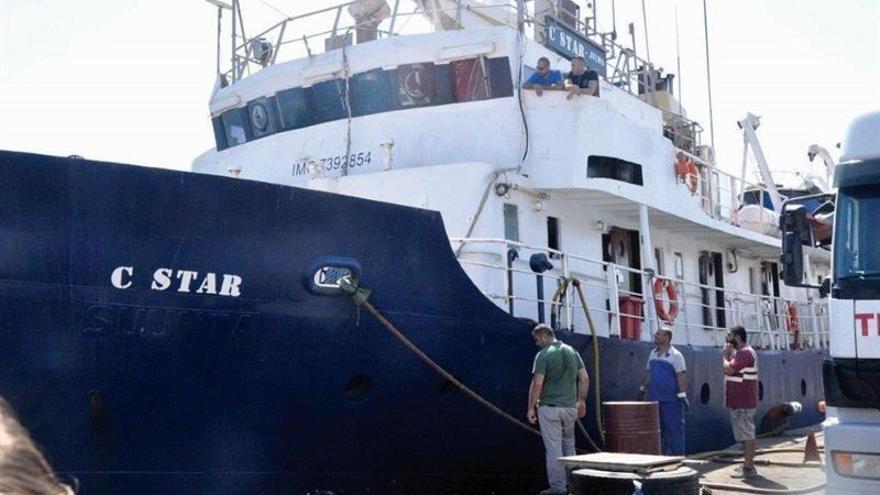 Expulsan del norte de Chipre al capitán y la tripulación del barco antinmigración