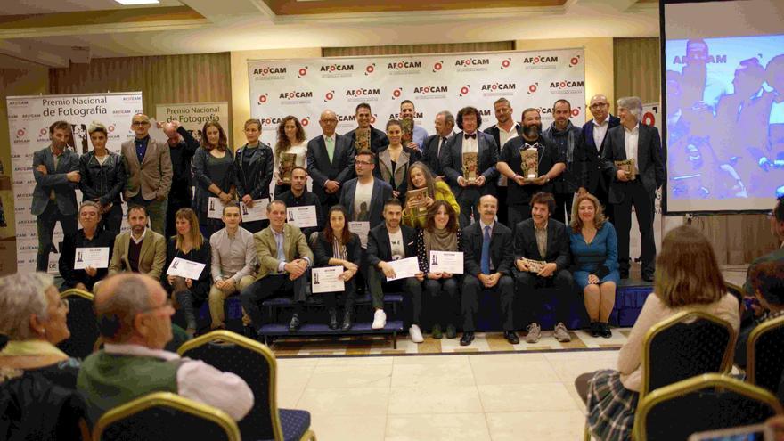 Foto de familia de ganadores y nominados