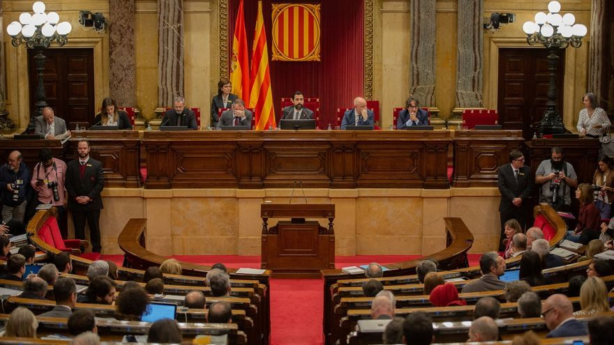El Parlament catalán vota este miércoles si recurre el acuerdo de la JEC sobre Torra