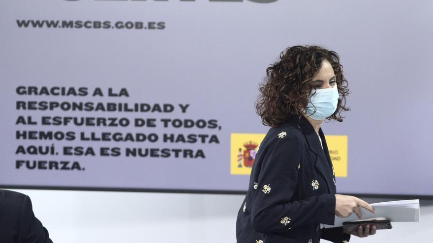 La ministra portavoz y de Hacienda, María Jesús Montero, a su llegada a la rueda de prensa tras la celebración de un Consejo de Ministros