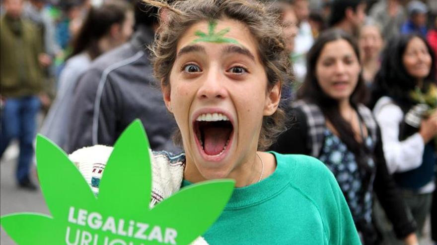 Manifestación en favor de la legalización de la marihuana en Montevideo en 2013.