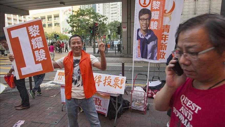 Se celebran las primeras votaciones tras las protestas democráticas en Hong Kong