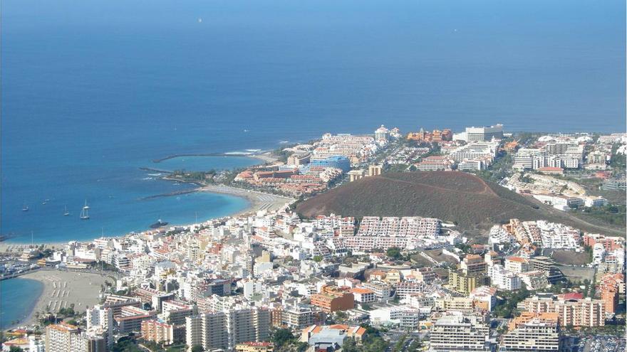 Playa de Las Américas, una de las localidades de las Islas con mayor cantidad de hoteles.