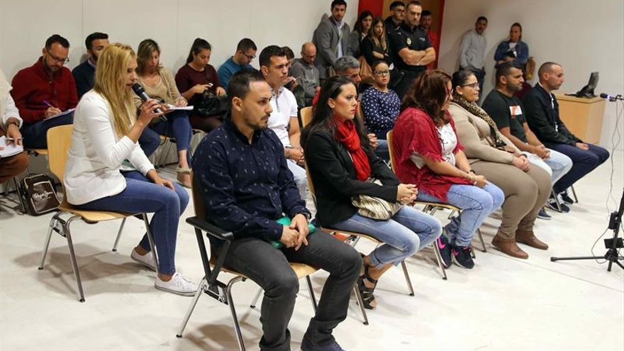 La Audiencia de Las Palmas ha condenado hoy a penas de 6 años a 9 meses de cárcel a los diez miembros de una banda familiar, algunos de ellos militares, dedicada a introducir importantes cantidades de droga en la base naval de la Armada en la capital grancanaria. EFE/Elvira Urquijo A.