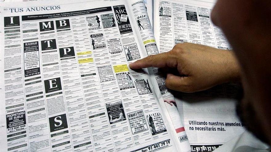 Periodistas de UGT piden la eliminación de anuncios de prostitución en prensa