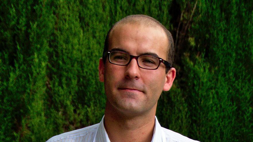 Fernando García del Moral, creador de la empresa enpapeldeestraza.es.
