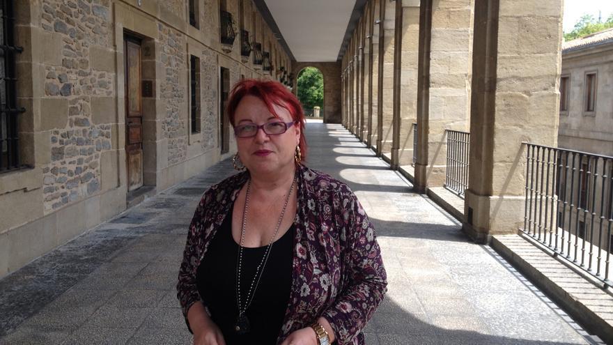 La periodista Montserrat Boix ofrece un taller en Vitoria-Gasteiz sobre ciberactivismo.
