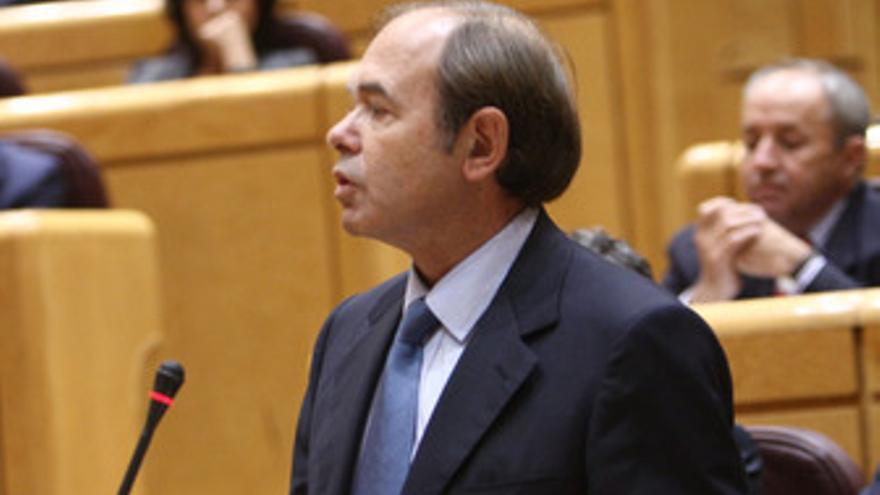 Pío García-Escudero interpela a Zapatero en el Senado