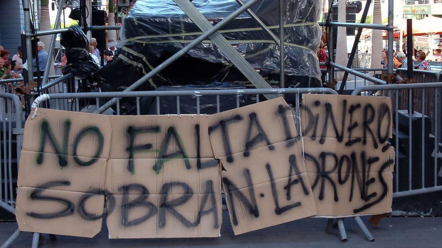 Manifestación contra la gestión bancaria.