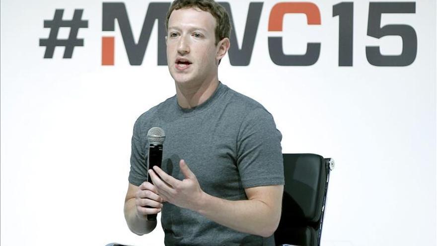 """Zuckerberg refuerza su posición en el """"club"""" de los millonarios filántropos"""