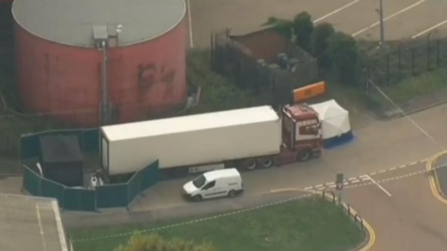 La Policía británica halla 39 cadáveres en un camión al este de Reino Unido