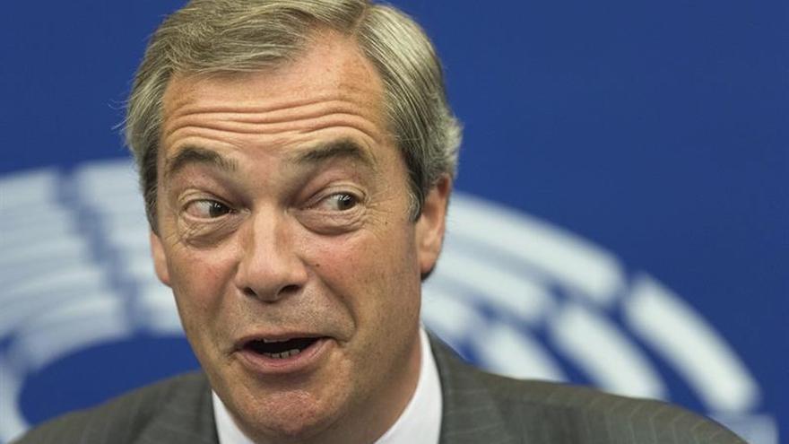 """El Gobierno británico dice que Farage no juega """"ningún papel"""" diplomático"""