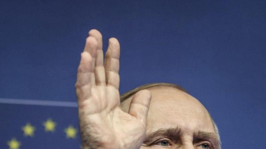 Putin pide al Gobierno ruso que respete las ayudas para Ucrania