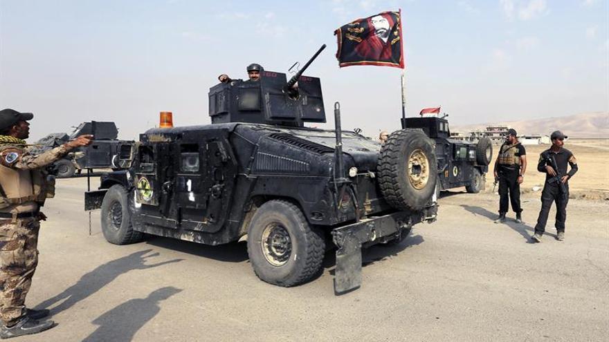 Miles de personas huyen de los combates en Al Shura, al sur de Mosul