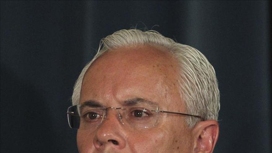 Dimite el ministro del Interior luso por un caso de corrupción