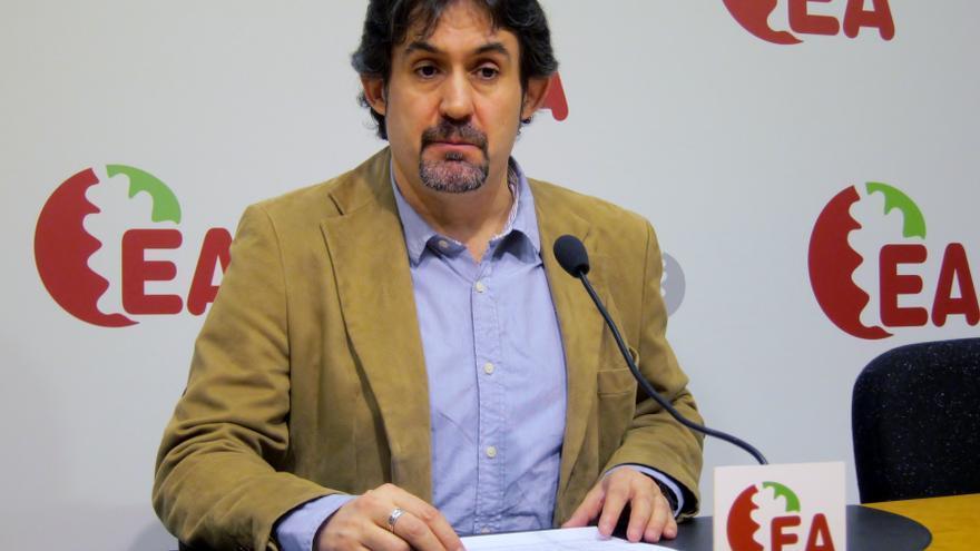"""Urizar (EH Bildu) denuncia el intento del Gobierno central de """"dejar pudrir"""" el proceso tras un """"parón voluntario"""""""