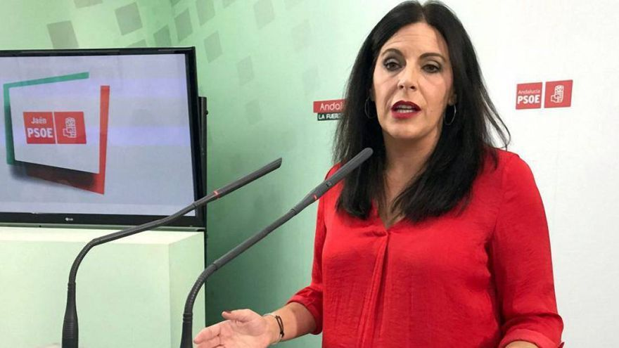 Ángeles Ferriz pasa de portavoz en la comisión de Presidencia a la de Asuntos Europeos.