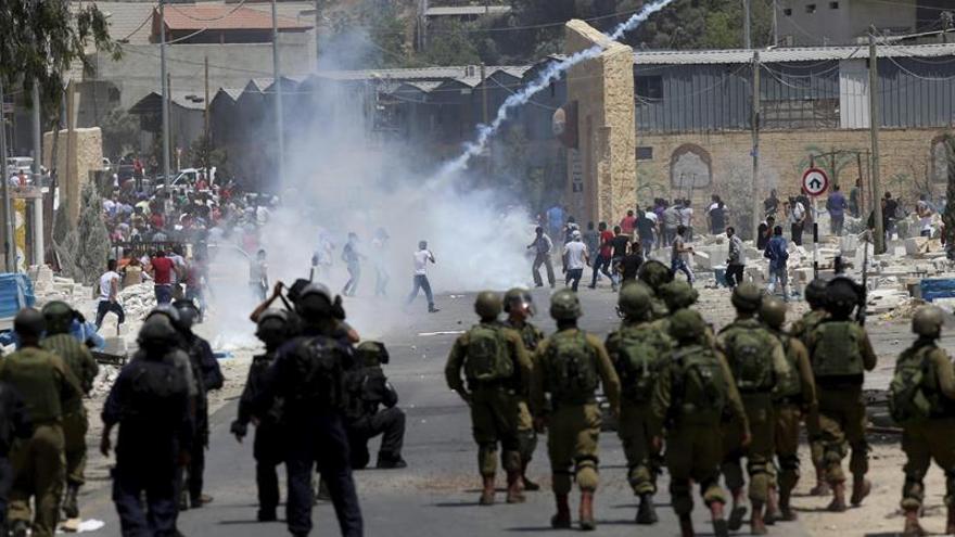 Decenas de palestinos heridos en una jornada de protestas contra Israel