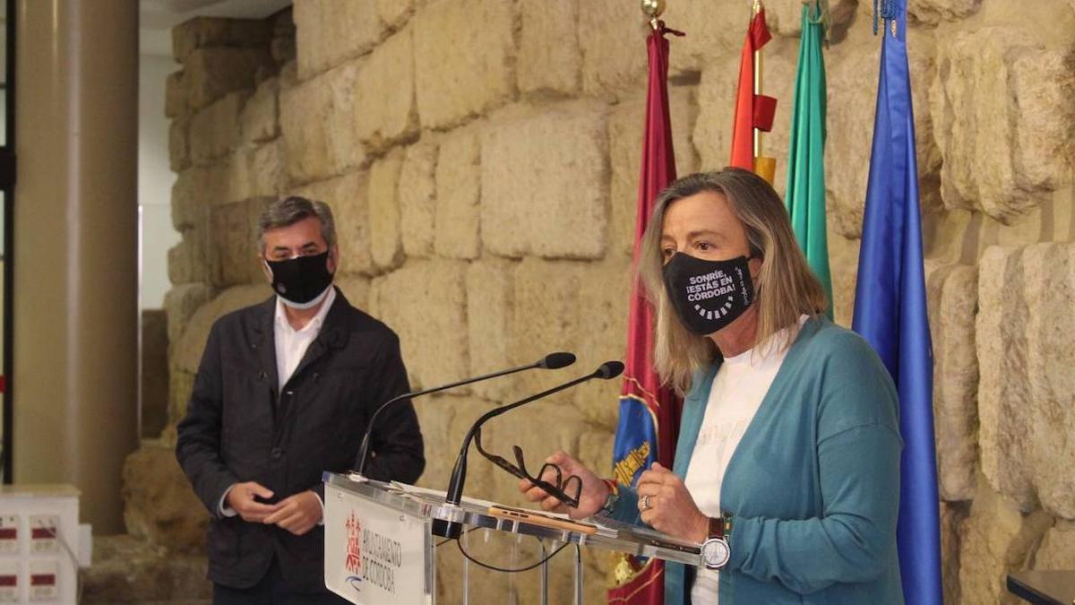 Torrico y Albás, en rueda de prensa.