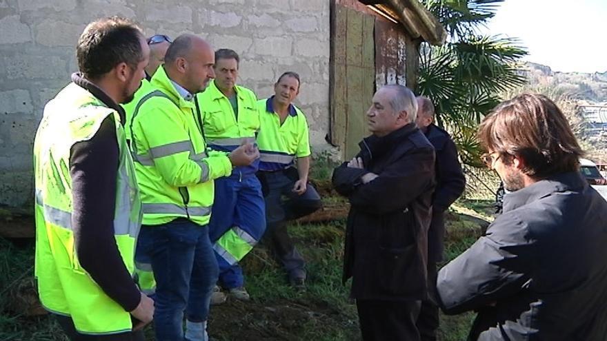 """El Gobierno vasco trabaja sobre la base de que """"todo lo que sale del vertedero de Zaldibar está contaminado por amianto"""""""