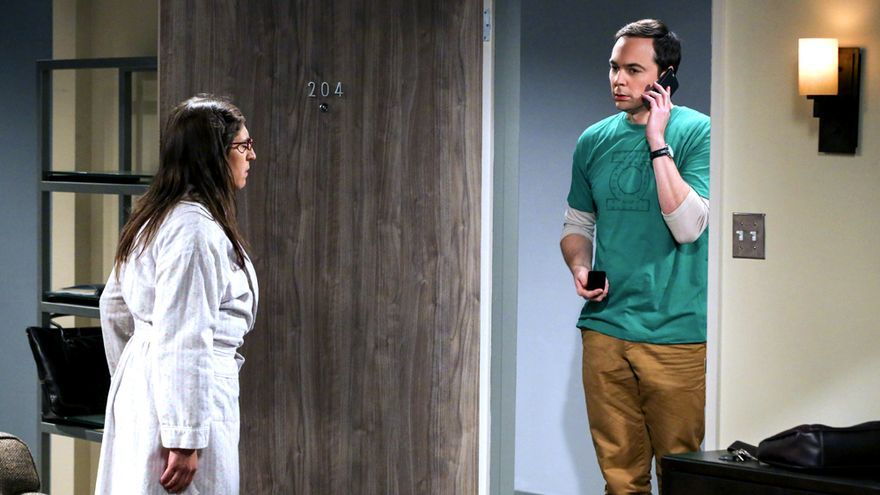 """Mayim Bialyk y Jim Parsons en la undécima temporada de """"Big Bang"""""""