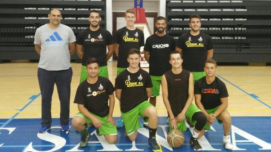En la imagen, el equipo de la competición.