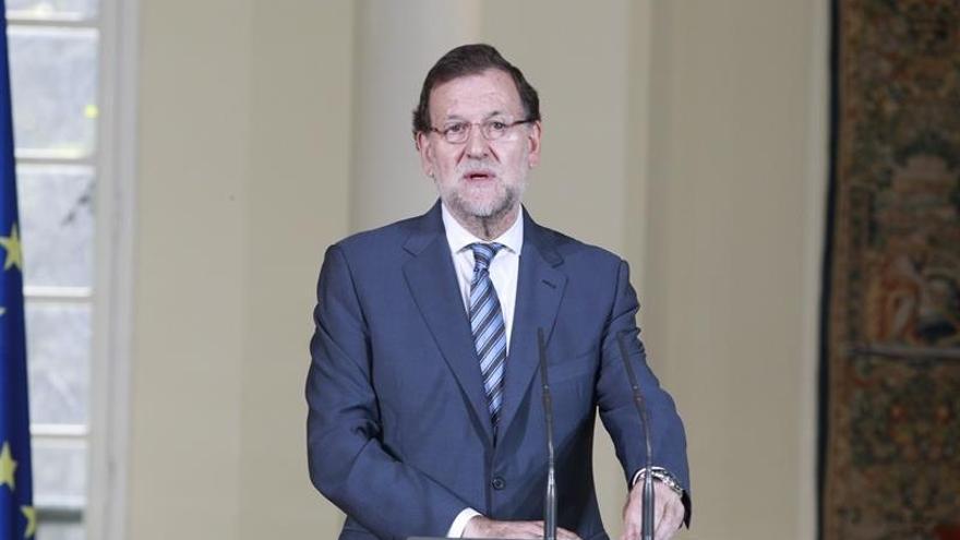 Rajoy dice a Cameron que no cree que Sánchez logre la investidura y augura elecciones para el 26 de junio