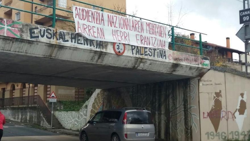 La Guardia Civil traslada a Madrid a ocho detenidos por la agresión a dos agentes en Alsasua