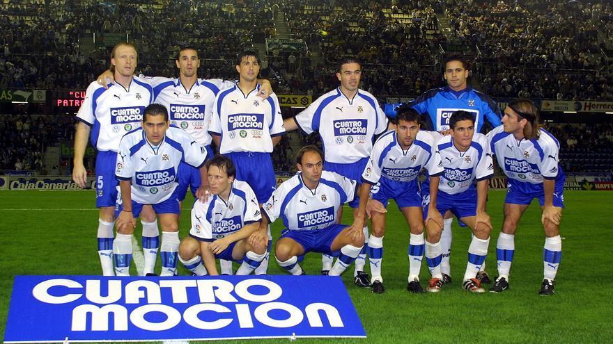 Formación del CD Tenerife de aquel 22 de diciembre de 2001.