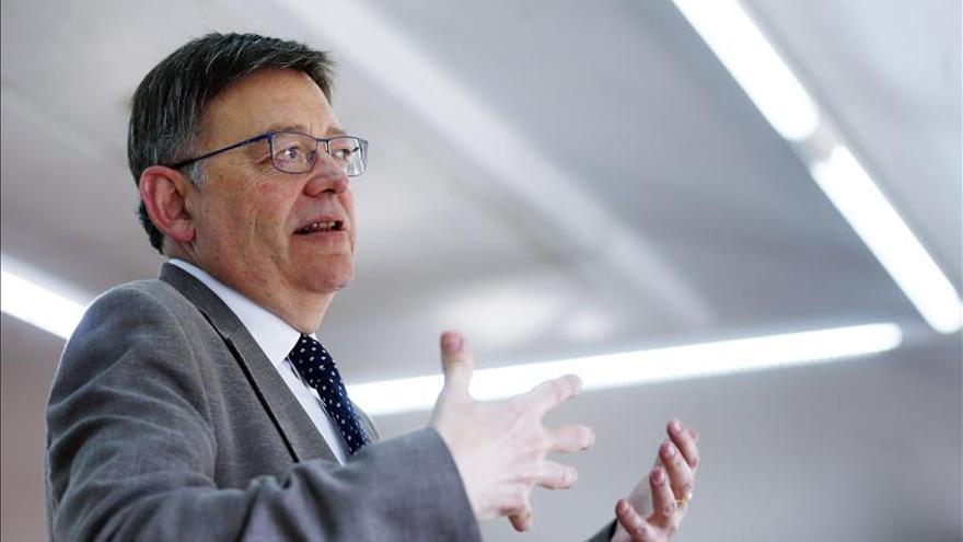 Ximo Puig advierte que la política de alianzas no se pueden trasladar sin más