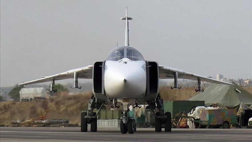 Muere un piloto del caza ruso derribado en Turquia y el otro ha sido capturado