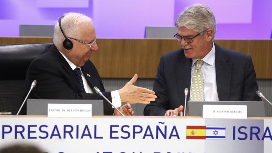 """Dastis sobre Puigdemont: """"No daña quien quiere sino quien puede"""""""
