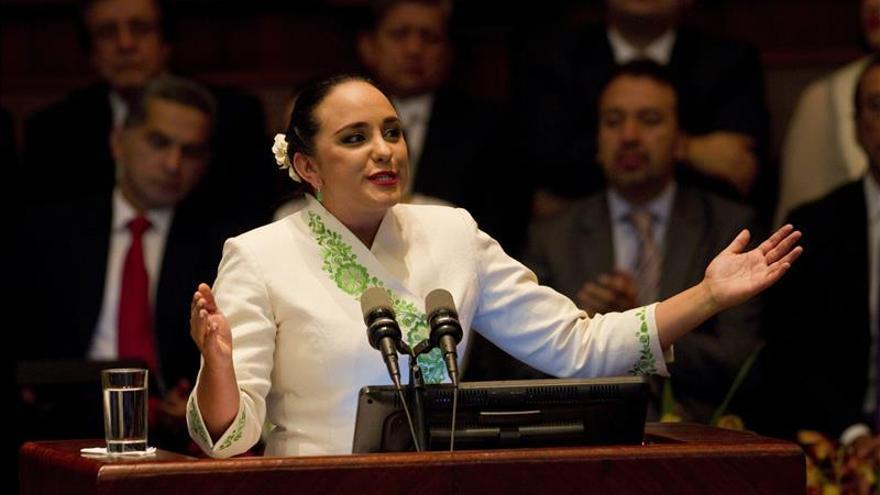 La presidenta del Parlamento de Ecuador apoya la posibilidad de la reelección de Correa